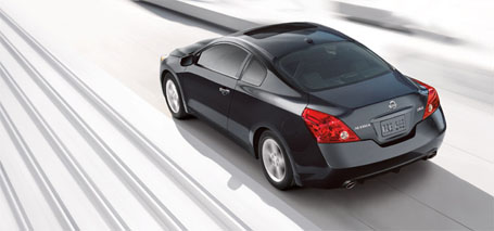 2013 Nissan Altima Coupe performance