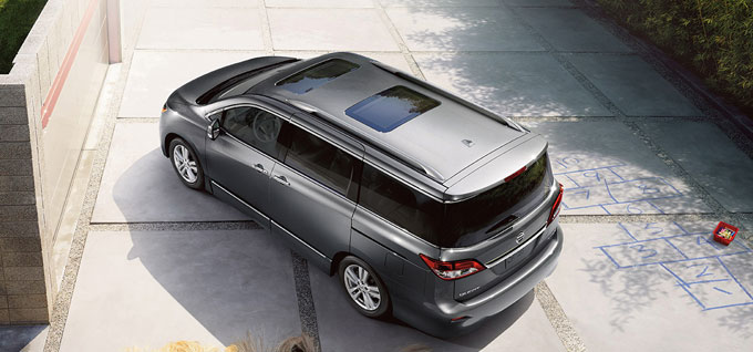 2016 Nissan Quest appearance