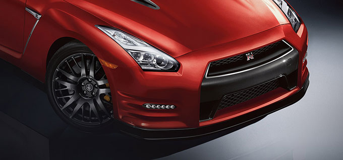 2018 Nissan GT-R LED Headlights