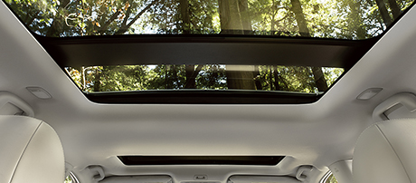2018 Nissan Pathfinder Moonroof