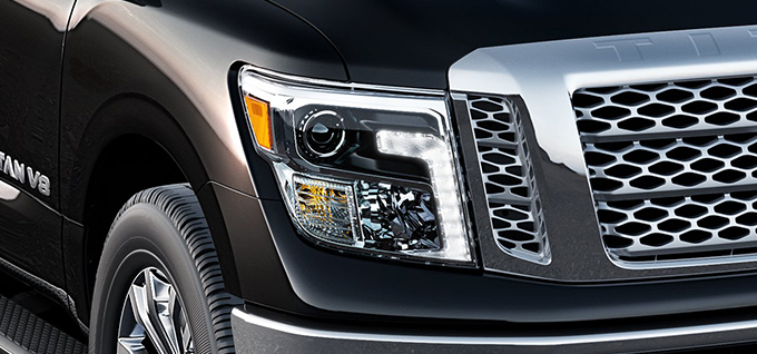 2018 Nissan Titan LED Daytime Running Lights