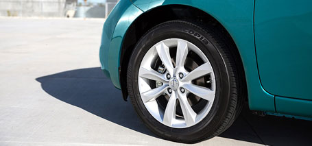 2018 Nissan Versa Note Braking