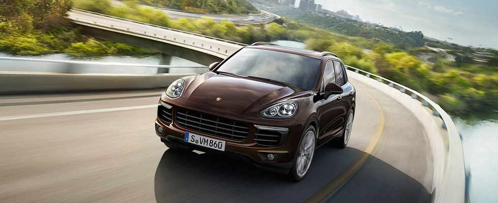 2015 Porsche Cayenne Safety Main Img