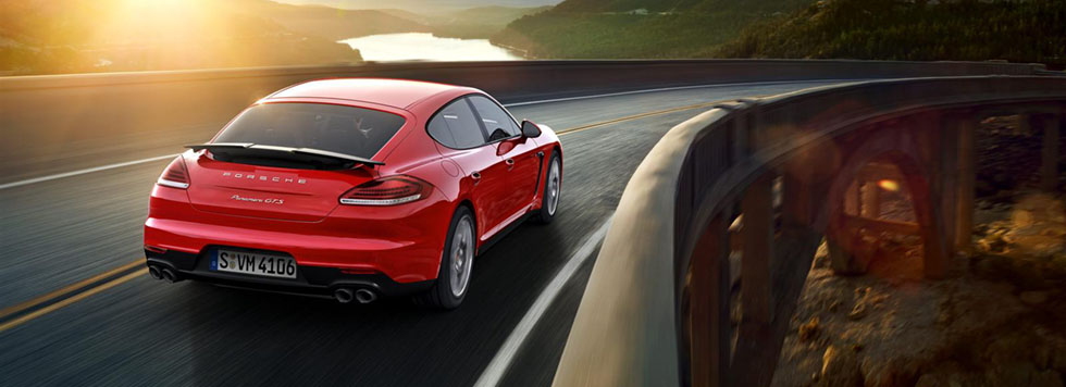 2015 Porsche Panamera Safety Main Img