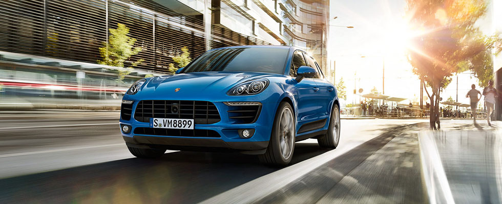 2016 Porsche Macan Safety Main Img