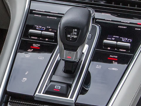 World premiere of the first Porsche eight-speed PDK in the Panamera
