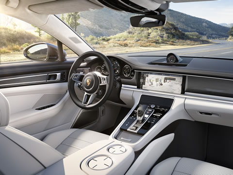 Porsche Advanced Cockpit – digitalized for the future