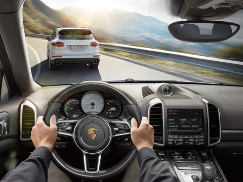 2018 Porsche Cayenne GTS safety