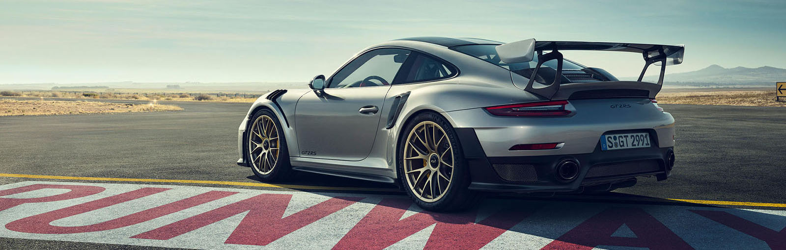 2019 Porsche 911 GT2 RS Appearance Main Img