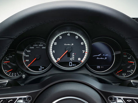 2019 Porsche 911 Turbo safety