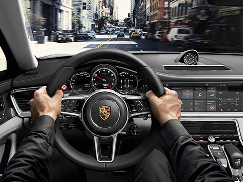 2019 Porsche Panamera Turbo safety