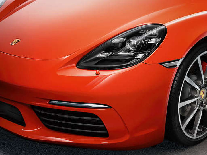 2021 Porsche 718 Cayman safety