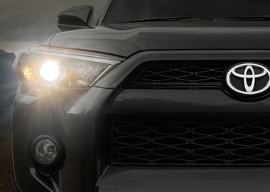 2015 Toyota 4Runner headlights