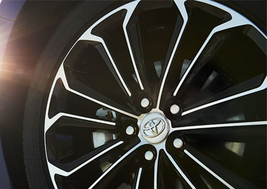 2015 Toyota Corolla alloy wheels