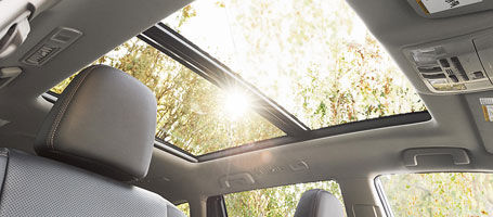 2015 Toyota Highlander moonroof