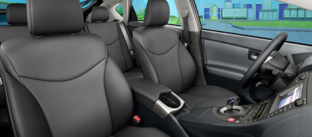 2015 Toyota Prius Plug-in Hybrid seats