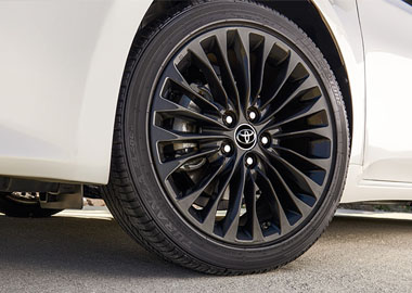2016 Toyota Avalon alloy wheels