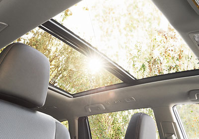 2016 Toyota Highlander moonroof