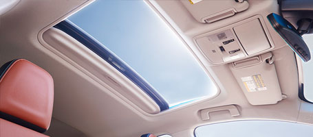 2016 Toyota Rav4 moonroof