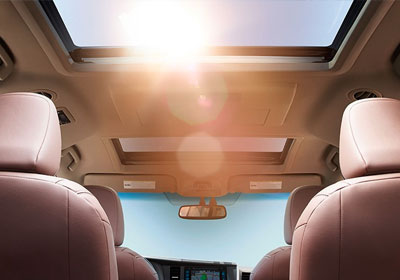 2016 Toyota Sienna moonroof