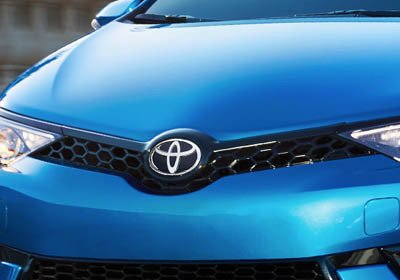 2017-Toyota-Corolla-iM LED Daytime Running Lights
