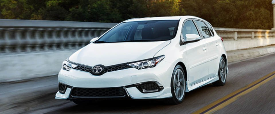 2017 Toyota Corolla iM Safety Main Img