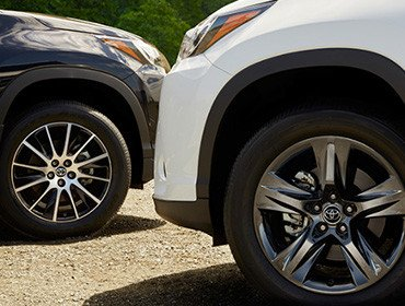 2017 Toyota Highlander Hybrid Alloy Wheels