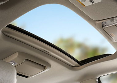 2017 Toyota Sequoia Moonroof