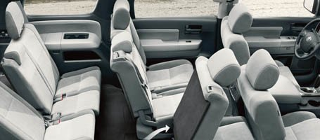 2017 Toyota Sequoia seats