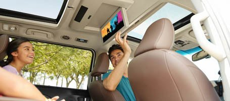 2017 Toyota Sienna  Entertainment Center