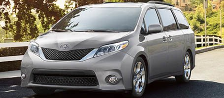 2017 Toyota Sienna performance
