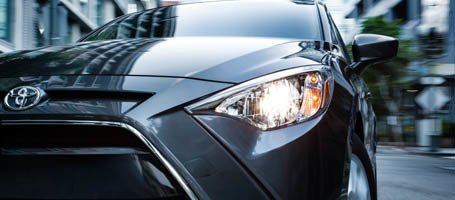 2017 Toyota Yaris iA Running Lights