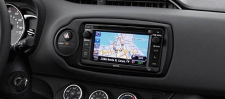 2017 Toyota Yaris CD player with HD Radio