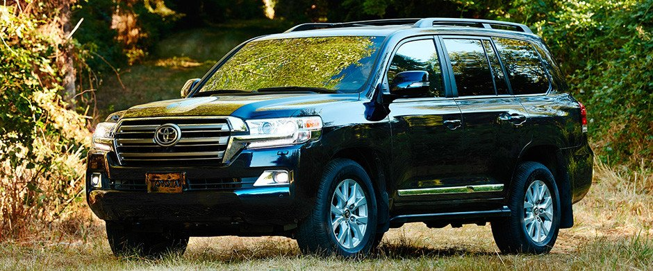 2018 Toyota Land Cruiser Overview Image