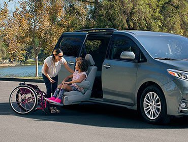 Toyota sienna in roseville placer county 2018 toyota for Placer motors used cars