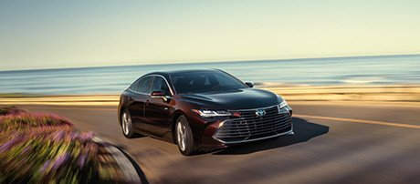 2019 Toyota Avalon Hybrid performance