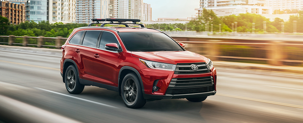 2019 Toyota Highlander Safety Main Img