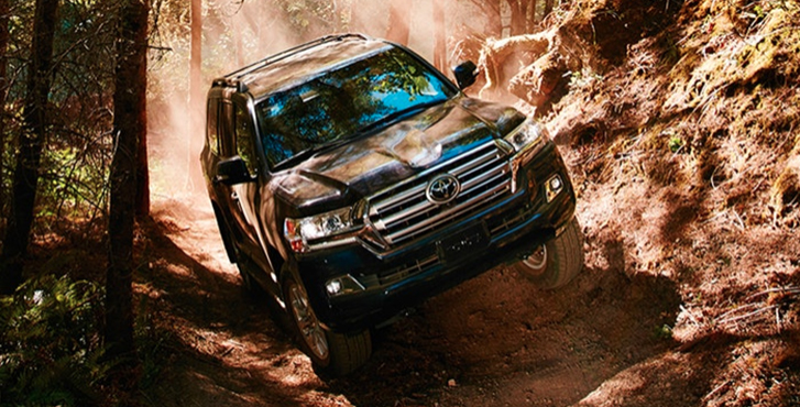 2019 Toyota Land Cruiser performance3