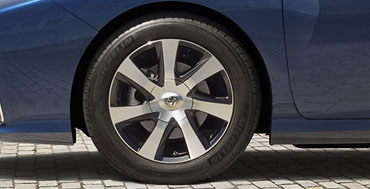 17-In. Engraved Alloy Wheels