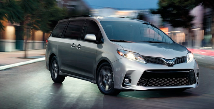 2019 Toyota Sienna performance3