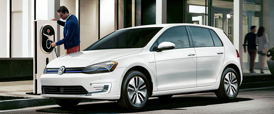 2019 Volkswagen e-Golf Main Img