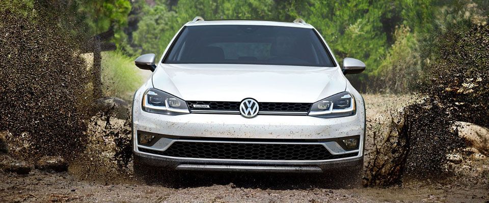 2019 Volkswagen Golf Alltrack Safety Main Img
