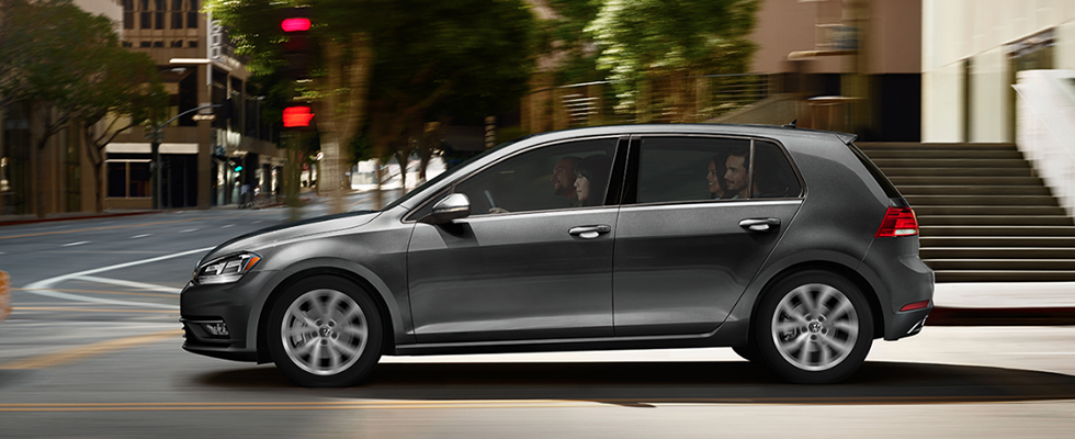2019 Volkswagen Golf Safety Main Img