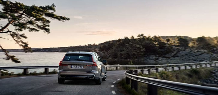 2019 Volvo V60 performance
