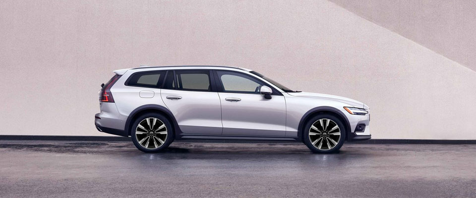 2020 Volvo V60 Cross Country Appearance Main Img