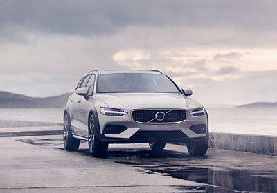 2020 Volvo V60 Cross Country appearance