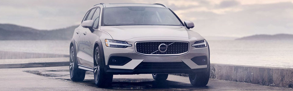 2020 Volvo V60 Cross Country Safety Main Img